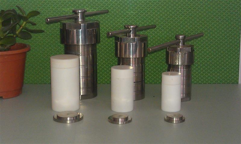 北京现货聚四氟水热反应釜,F4水热合成反应釜北京价格