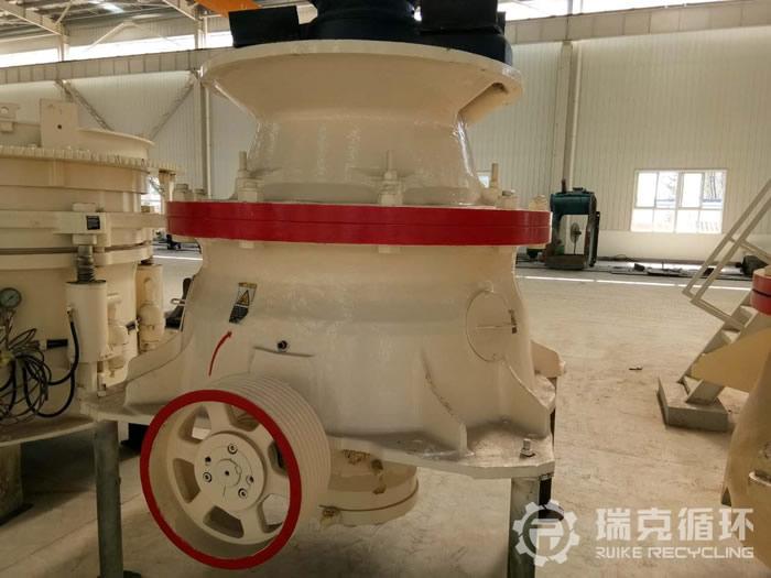 洛阳瑞克科技承接嵩县某砂场美卓GP11圆锥破碎机(顽石破)