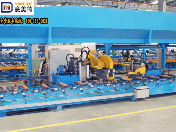 双牵引机配挤压机生产1800吨铝型材牵引机