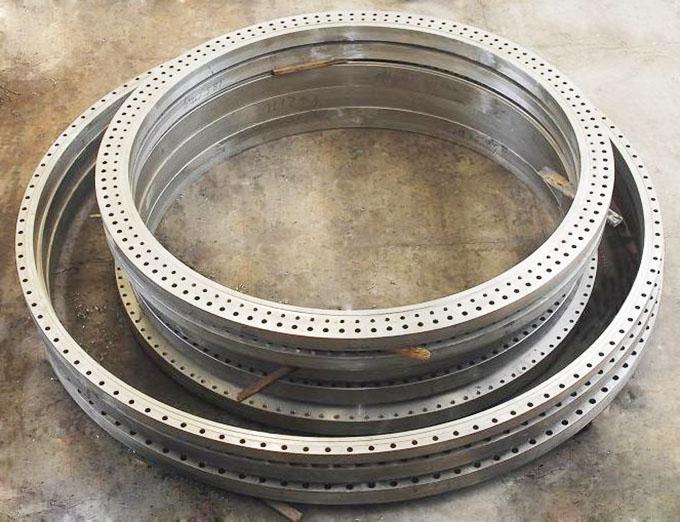 河北固元法兰管件有限公司是一家生产16Mn法兰的生产厂家
