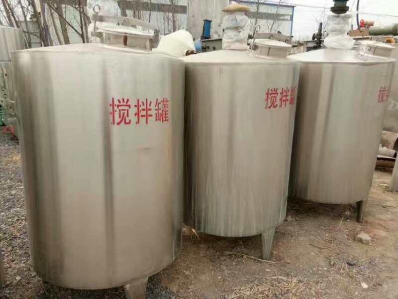 长期出售二手1000升不锈钢立式搅拌罐