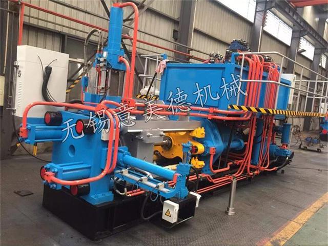 铝型材挤压机可生产铝型材及铝合金门窗需要整套1000吨铝挤压机生产线