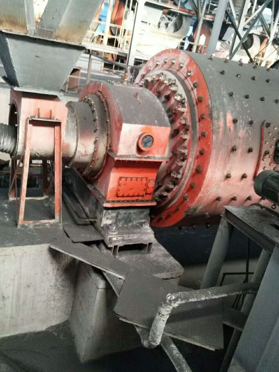 3.5X14米軸承磨,2.4米X13米球磨機轉讓
