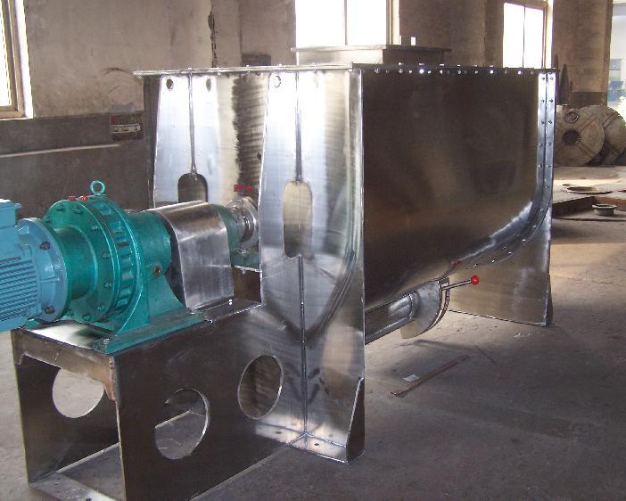 厂家供应卧式螺带混合机