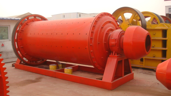 大型卧式选矿球磨机水泥球磨机型号齐全郑州华阳机械