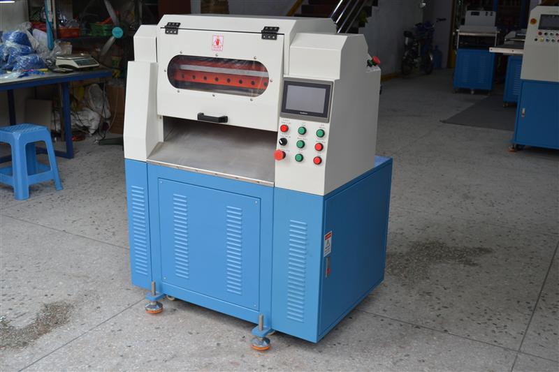 数控橡胶切片机