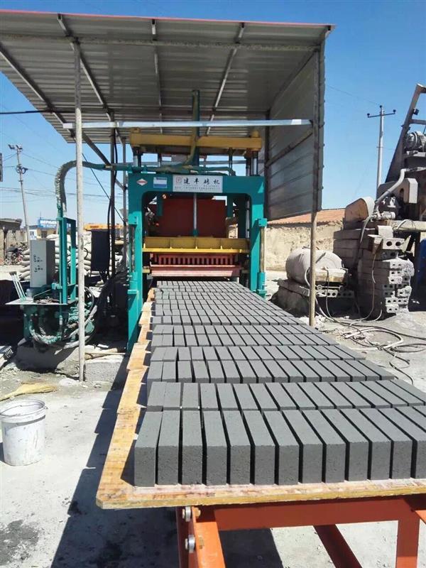 空心砖机山东地区免烧砖水泥砖机环保砖机