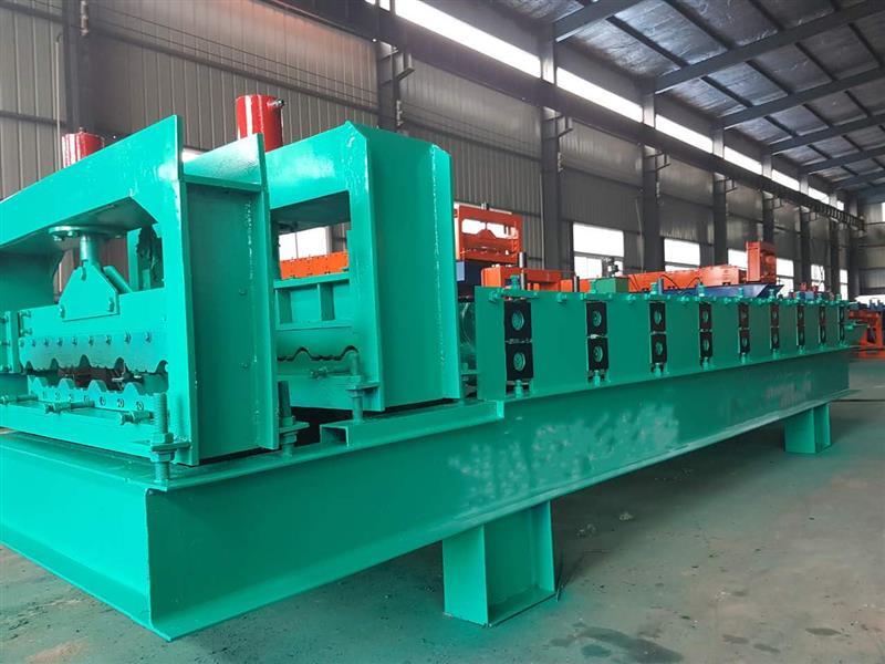 840全自動彩鋼覆膜壓瓦機A滄州840全自動彩鋼覆膜壓瓦機A840全自動彩鋼覆膜壓瓦機廠商公司