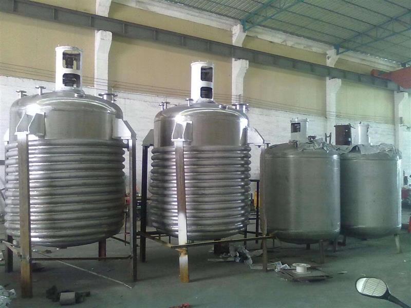 化工產品增稠劑生產設備內盤管外半管式不銹鋼反應釜