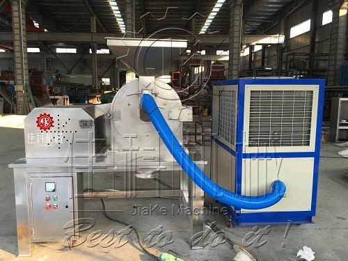 供应工业聚乙二醇粉碎机 制药聚乙二醇超细打粉机 低温磨粉机