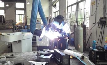气箱脉冲袋式除尘器32-5 发电厂电除尘器