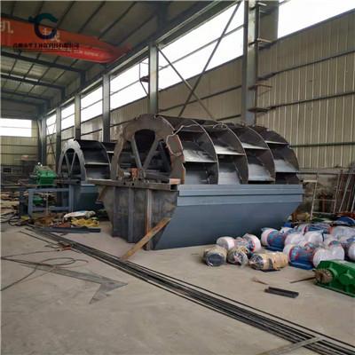 供应阜阳市颍上县小型黄砂洗砂机设备 环保轮式洗砂机定制