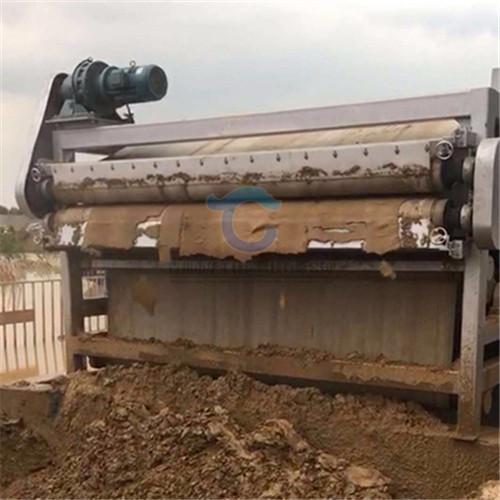 大型淤泥压滤机产量 环保泥浆脱水机参数