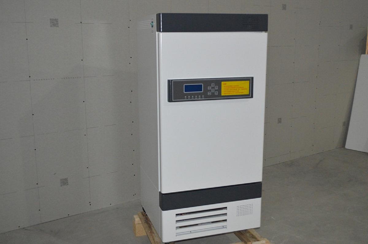 QZ-450GP 药品强光稳定性试验箱无氟设计