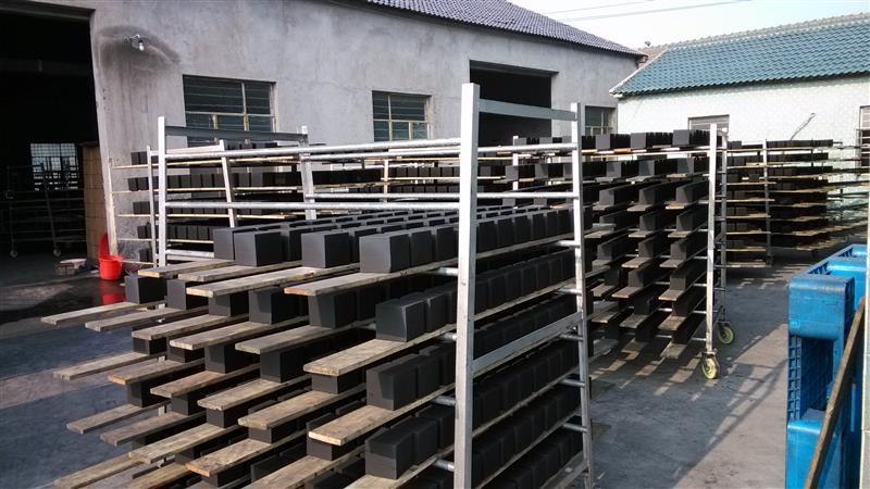 大連廢氣處理活性炭%蜂窩狀活性炭塊