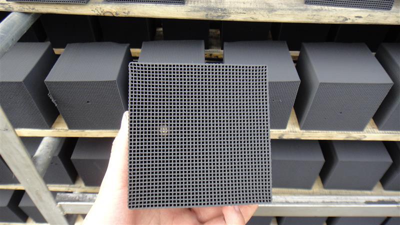 紹興防水蜂窩活性炭生產廠家型號可定制