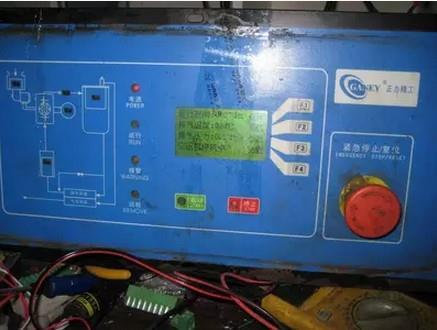正力精工空壓機控制面板維修,密碼破解